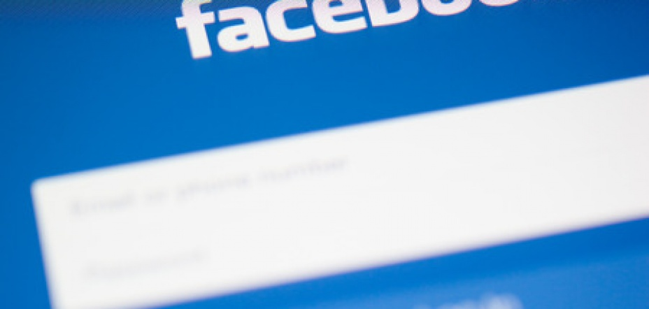 Legal claims can be served via Facebook, High Court judge rules