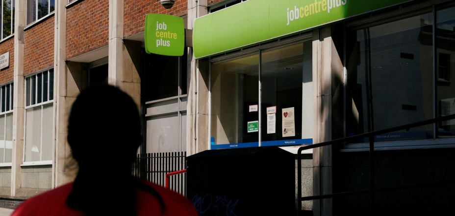 Coronavirus: Thousands of jobseekers scammed in surge of fake employment listings