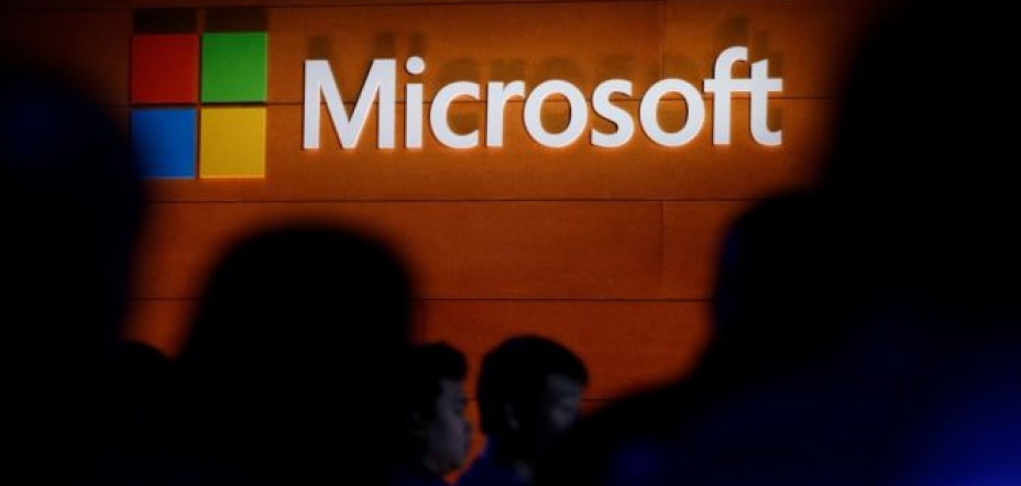 Microsoft makes emergency security fix