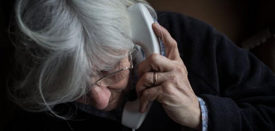 Family gangs 'exploit pension savers'