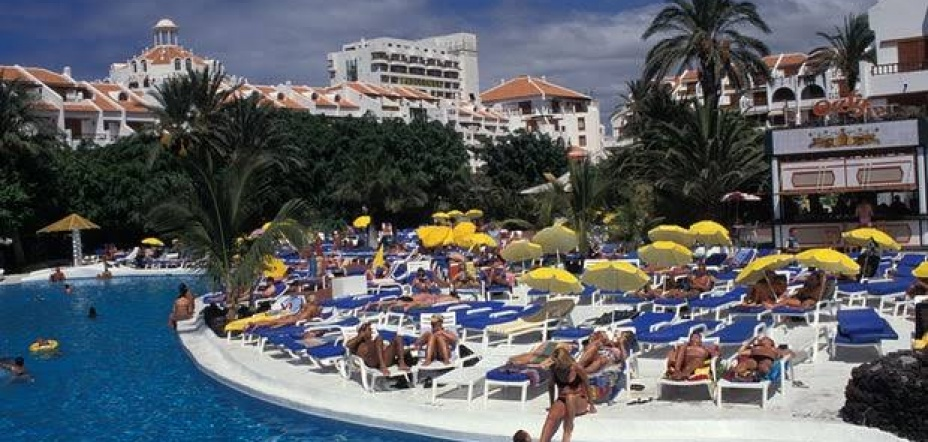 Brits' bogus food poisoning claims leave hoteliers crying: '¡Basta!'