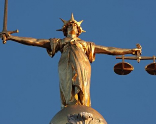 Coronavirus: New jury trials halted in England and Wales