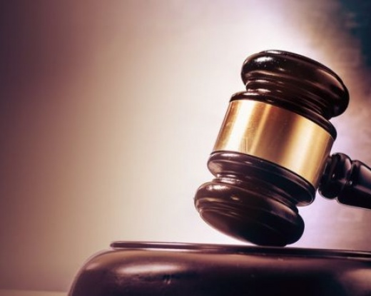 Court throws out arbitration award over email error
