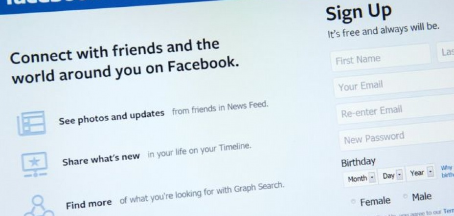 Facebook reveals rise in official data requests